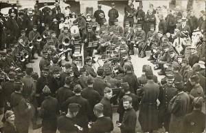 18 -  1913-1914 avant la Guerre. Environs de Rennes. Concert du 115e RI de Mamers